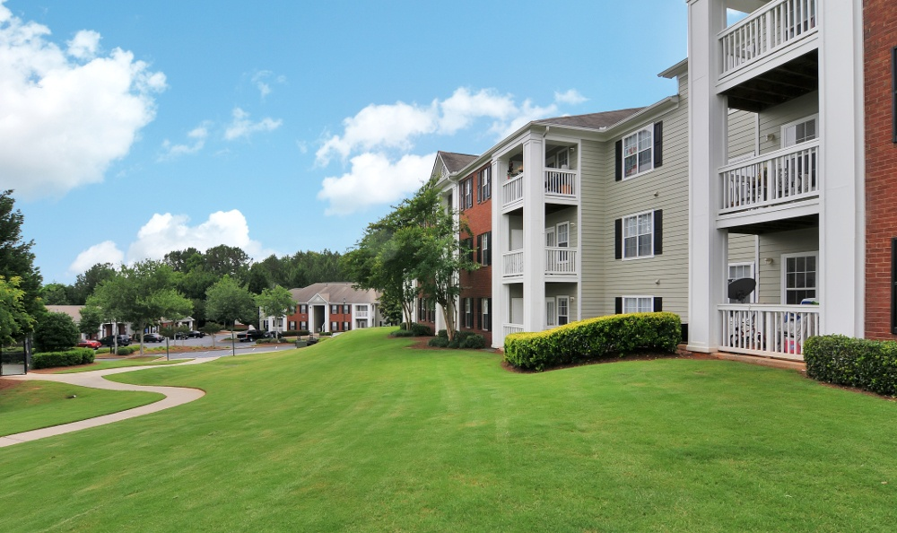 Newly remodeled apartments in Acworth, GA