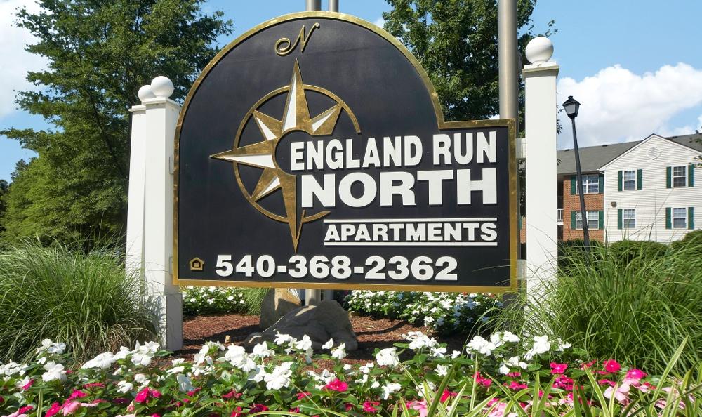 Monument Sign at England Run North Apartments in Fredericksburg, VA