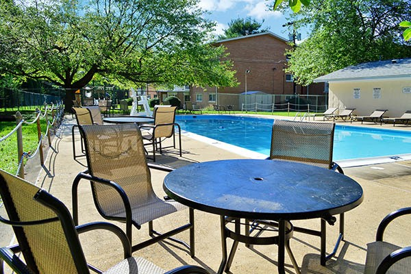 Amenities offered at Coralain Gardens Apartments in VA