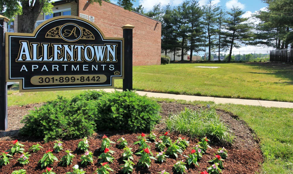 Enjoy the flowers at Allentown Apartments