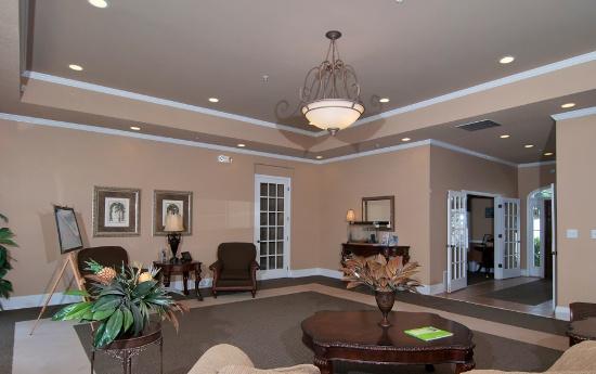 Gorgeous Dining Room at Magnolia Creste Apartments in Dallas, GA