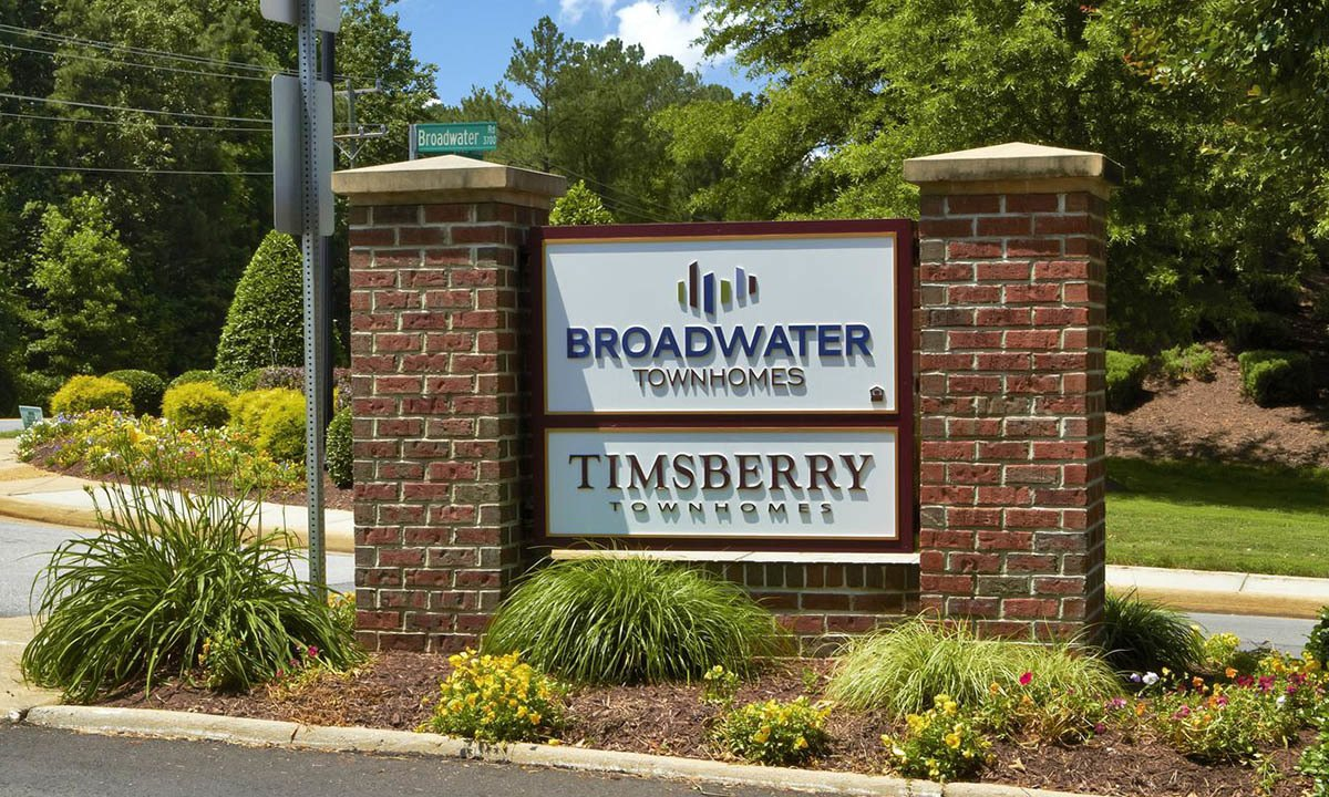 Broadwater Townhomes Signage in Chester, VA