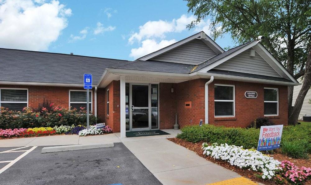 Villas at Lakewood Leasing Office in Atlanta, GA