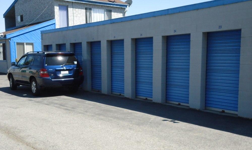 Self storage units in Cerritos Self Storage, CA