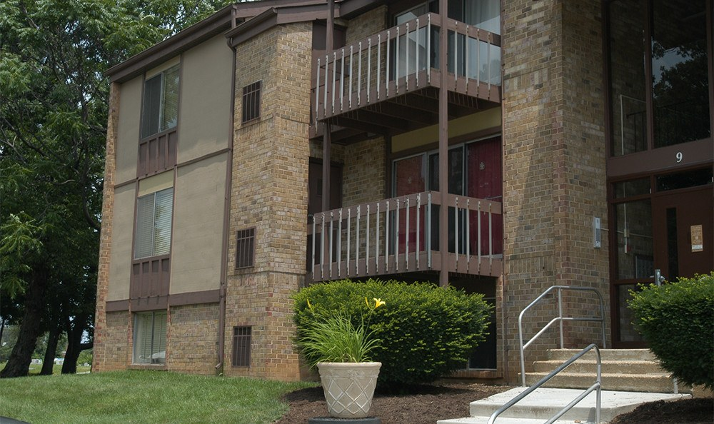 Exterior of apartment units in Catonsville