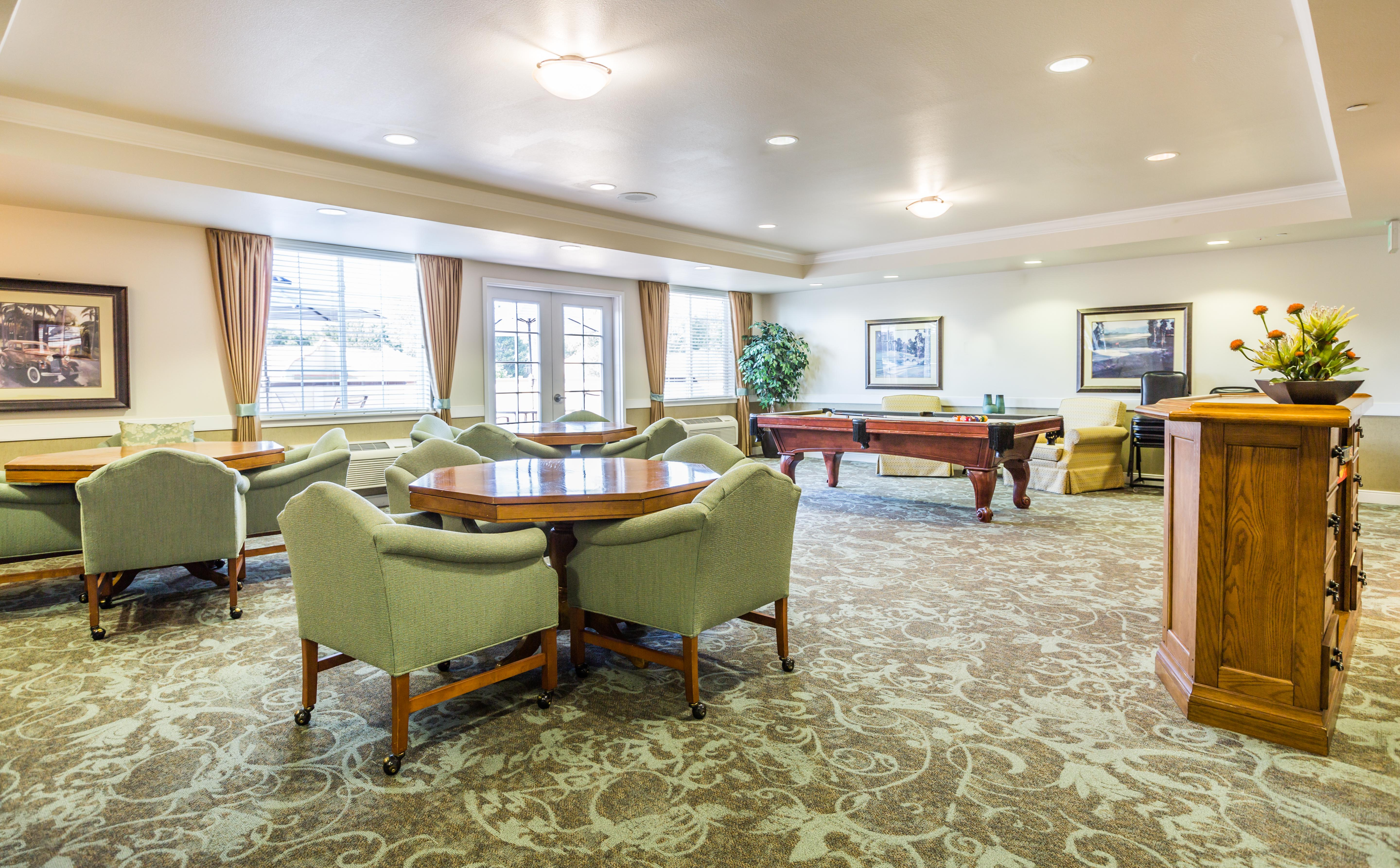 Sky Lounge at Lakeview Senior Living