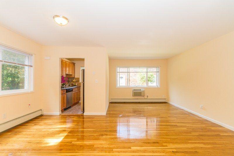 Apartments in Nesconset, NY