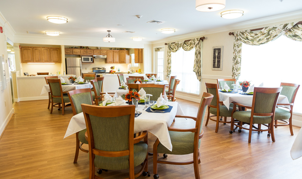 Dining at senior living in Lower Moreland