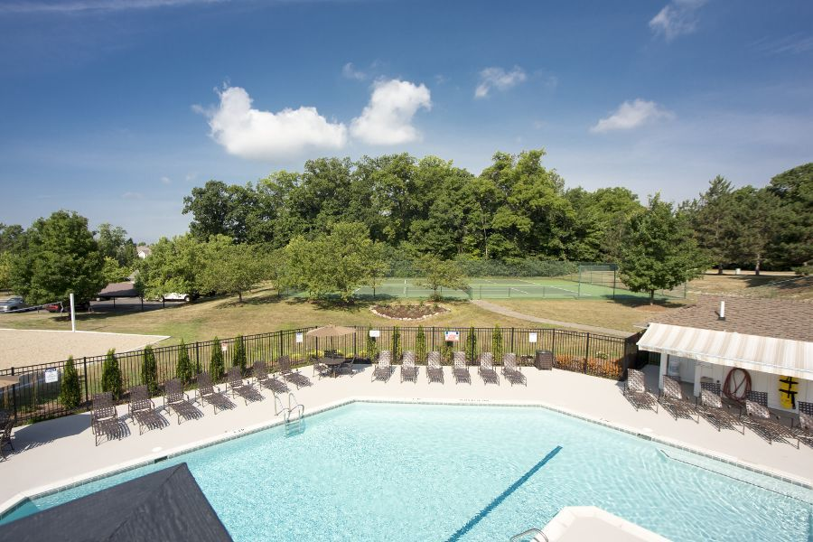Tennis courts, swimming pool at apartments in Ann Arbor, MI