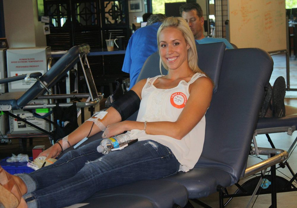 G5 Employees Giving Blood