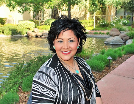 Luann R., Community Administrator