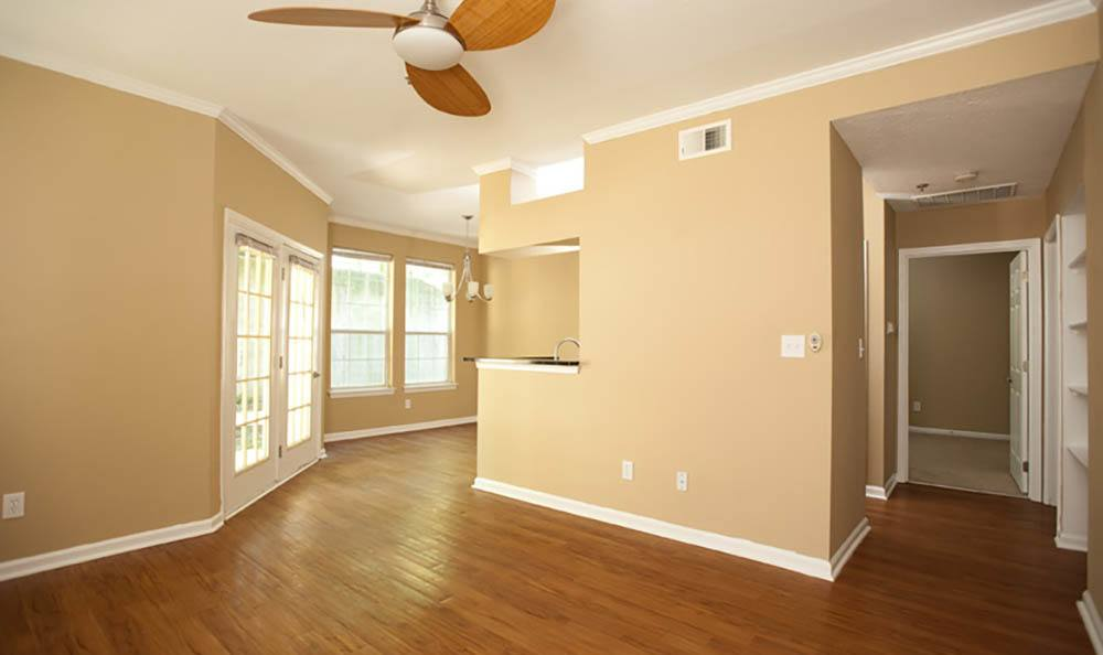 Hardwood Floors At Apartments In Lexington Ky