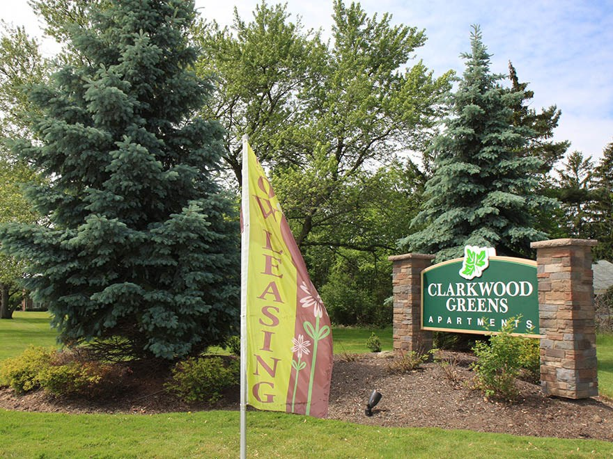 Signage at Clarkwood Greens Apartments