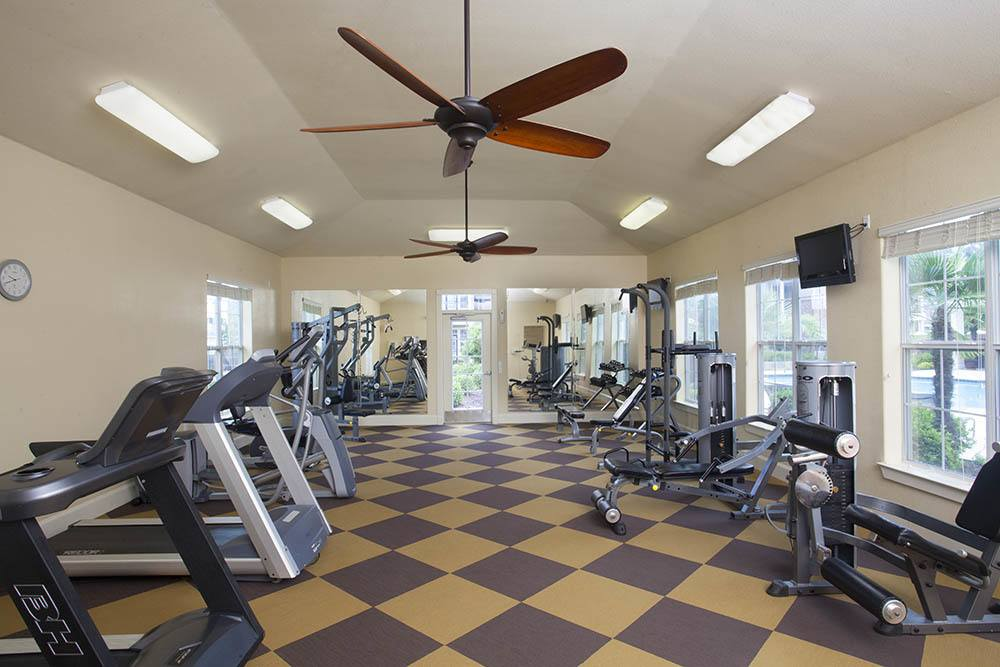 Country Club Pointe Equipped With Advanced Fitness Center