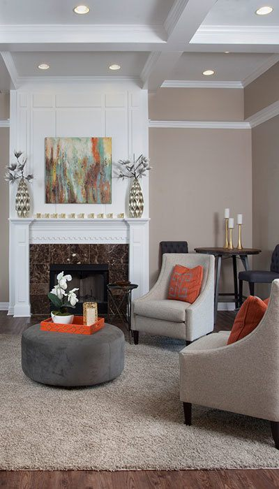 Enjoy luxurious apartment and community amenities at The Village at Fountain Lake Apartments