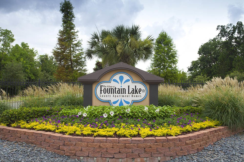 Village At Fountain Lake Luxury Apartment Homes
