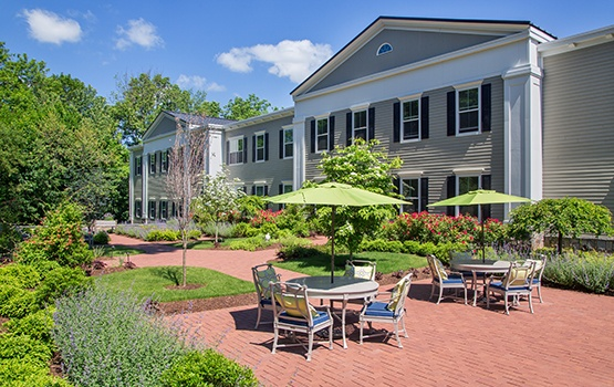 The outdoor patio and walkways here at Maplewood at Strawberry Hill are wonderful spots to enjoy a beautiful morning in East Norwalk!