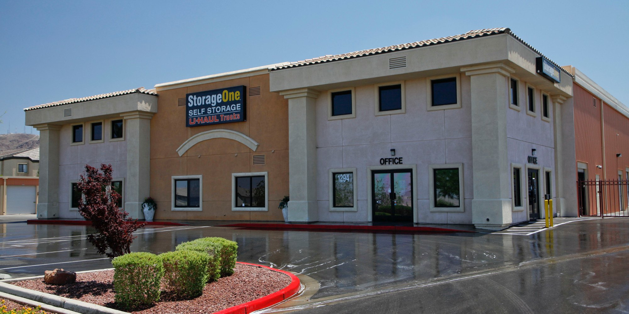 Self storage in Las Vegas NV & Self Storage Units Green Valley Las Vegas NV | StorageOne Stephanie ...