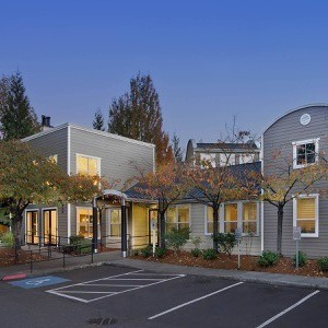 Center Pointe Apartment Homes Photo