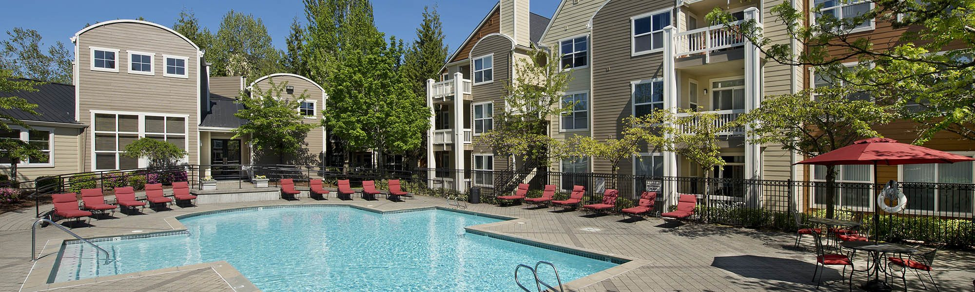 Read reviews of Center Pointe Apartment Homes on our website