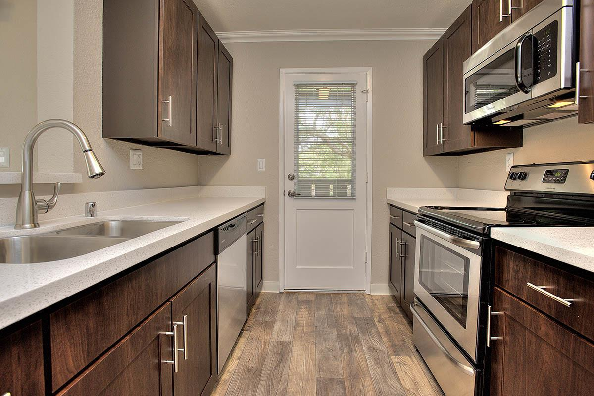 Luxurious Kitchen at Seventeen Mile Drive Village Apartment Homes