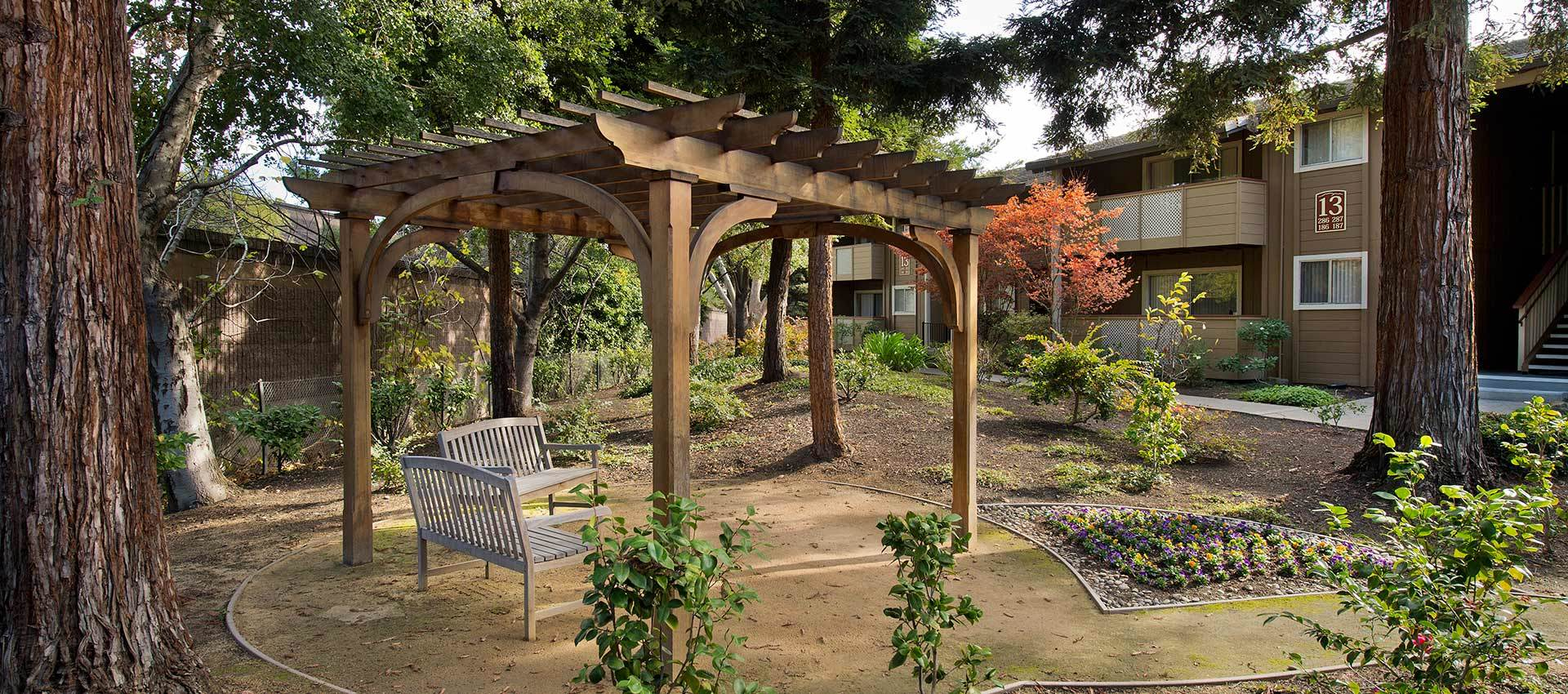 Gazebo at Shadow Oaks Apartment Homes in Cupertino