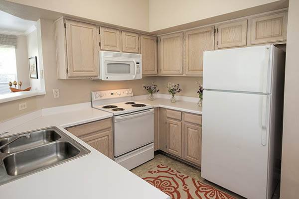 Luxury 1 2 3 bedroom townhomes apartments in reno nv for Element apartments reno