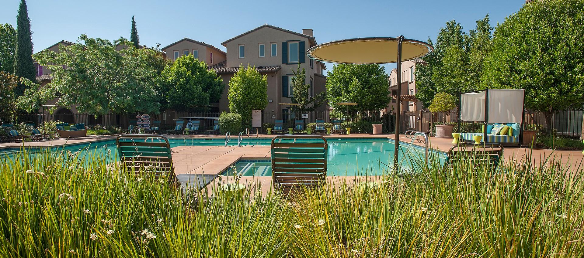 View photos of our luxurious property at Venu at Galleria Condominium Rentals in Roseville, CA