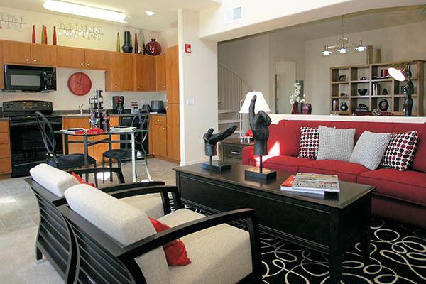 Standard Features At Venu At Galleria Condominium Rentals In Roseville
