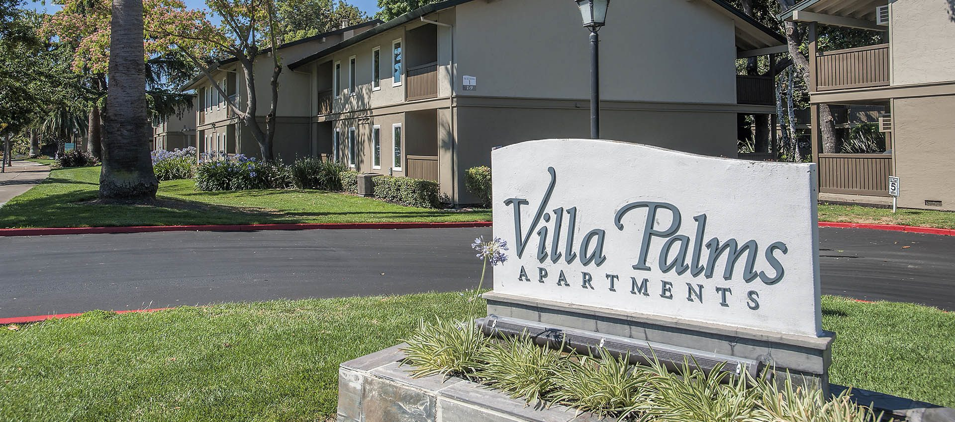 Signage at Villa Palms Apartment Homes in Livermore, CA