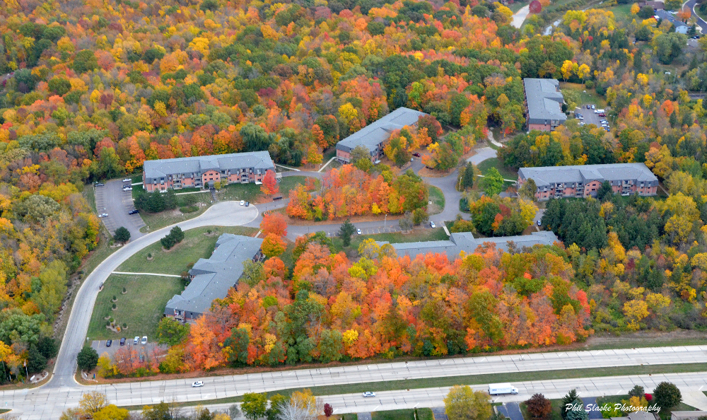 Affordable apartments for rent at Pinewood Creek in New Berlin, WI