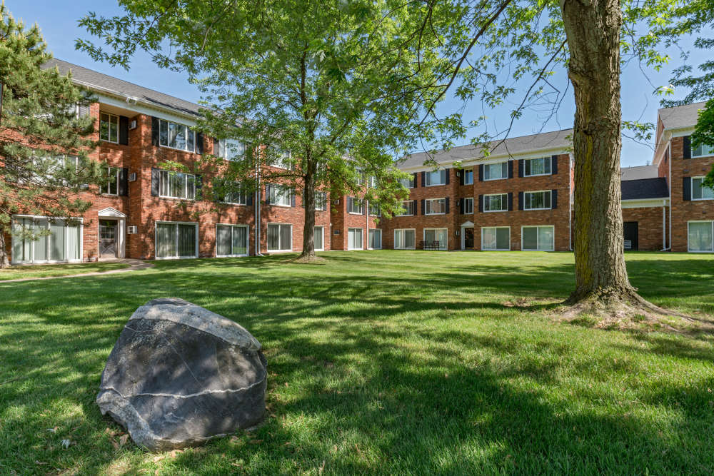 Apartment building exterior at Independence Green Apartments in Michigan