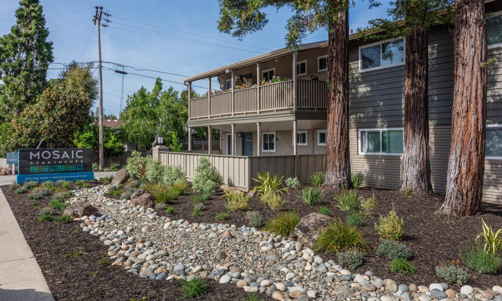 Building exterior in Castro Valley, CA
