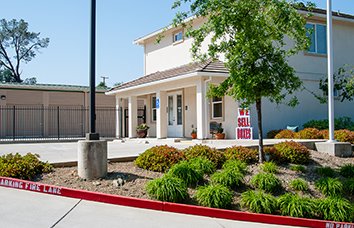 Visit our Green Valley Road Self Storage facility in El Dorado Hills, CA.