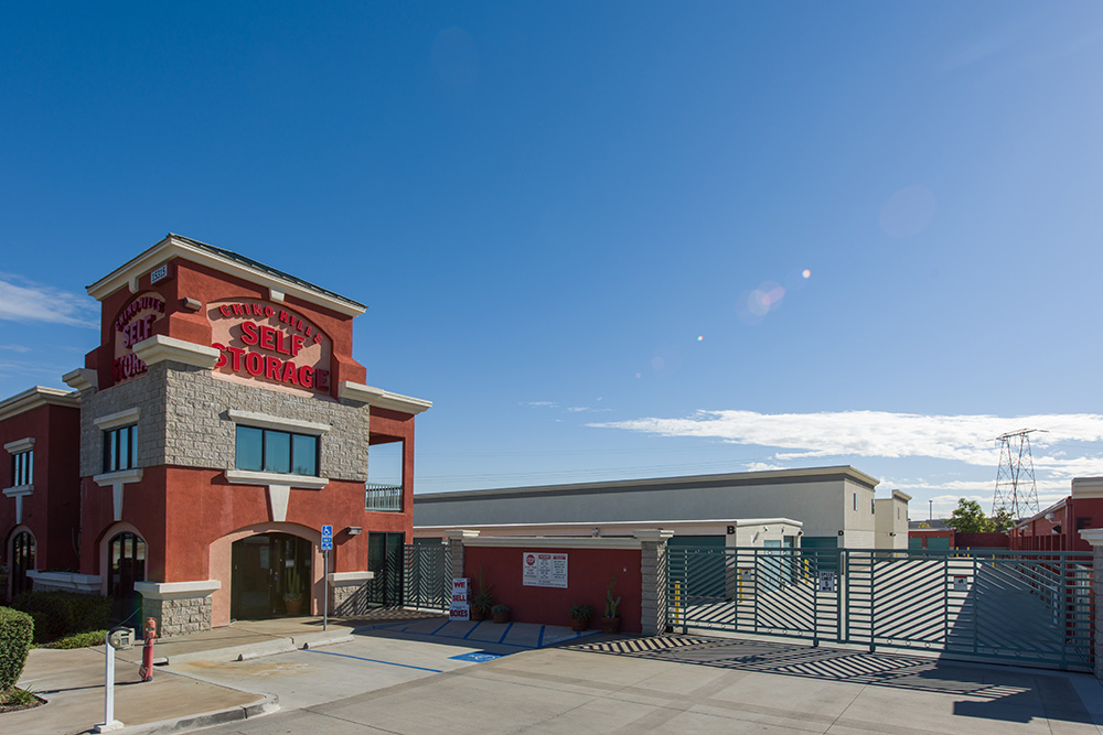 Exterior of self storage facility in Chino Hills, CA