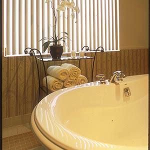 Bathtub at The Terraces at Park Marino in Pasadena