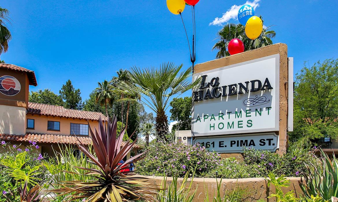 You'll love the spacious living areas in your new luxury apartment at La Hacienda Apartment Homes.