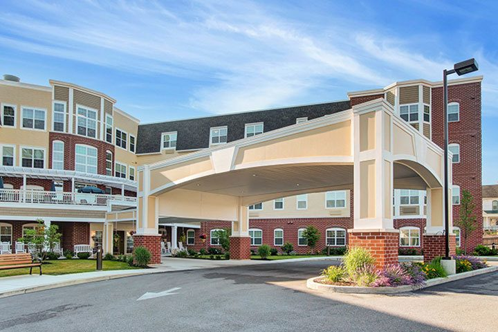 Portico At Our Senior Living Home In Ephrata