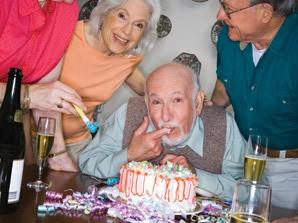 Senior living in Sandy are celebrating with cake
