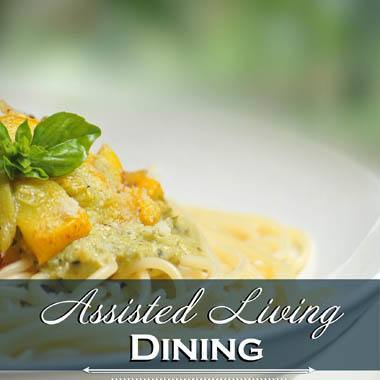 Assisted living dining options at Highland Estates