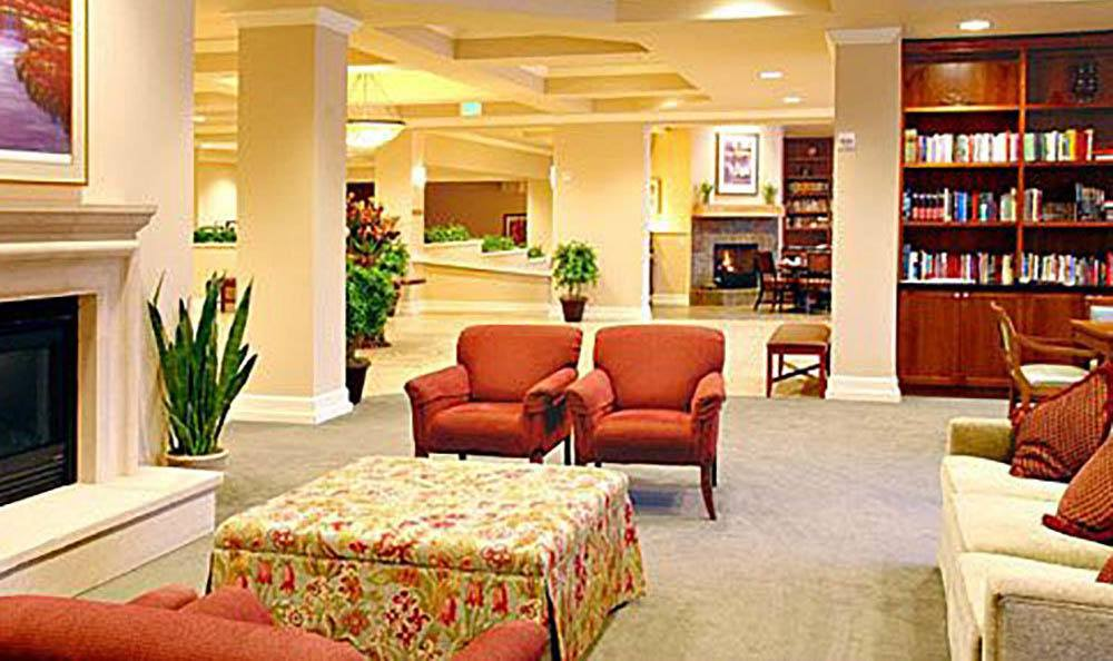 Large Community Sitting Area At Maple Leaf Assisted Living & Memory Care.