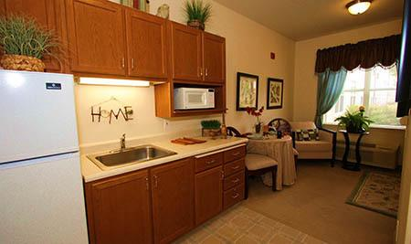Senior-Living Studio Apartment in Elk Grove
