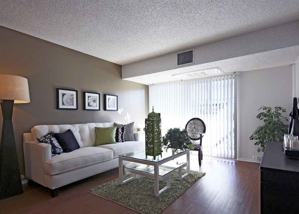Amenities at crystal view apartments apartments with a - Crystal view apartments garden grove ...