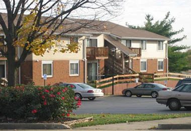 ... Exterior Of Fox Hill Apartments In St. Charles ...