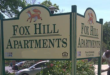 Welcome Sign At Fox Hill Apartments In St. Charles ...