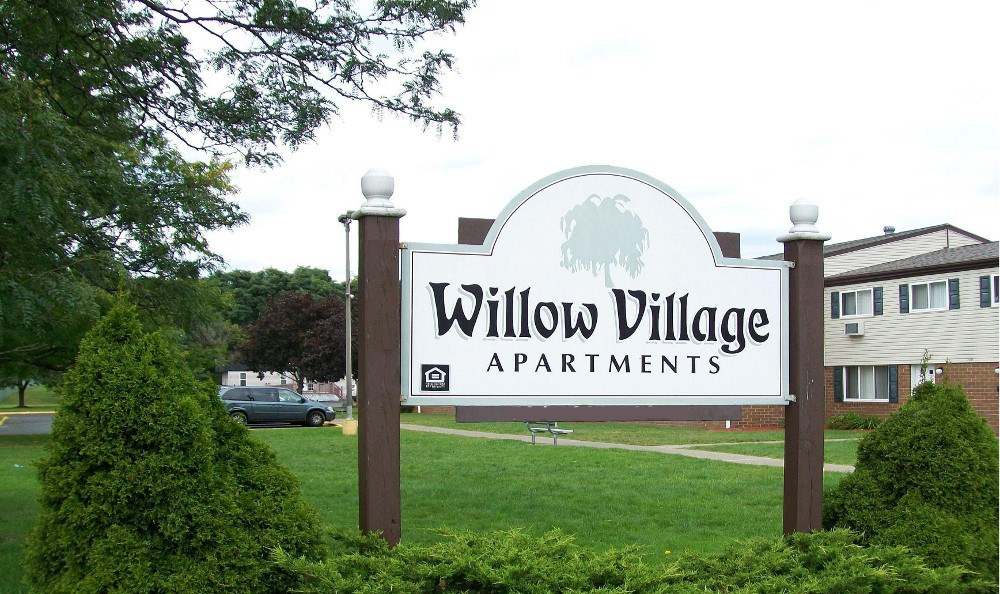 The entrance sign of Willow Village in PA