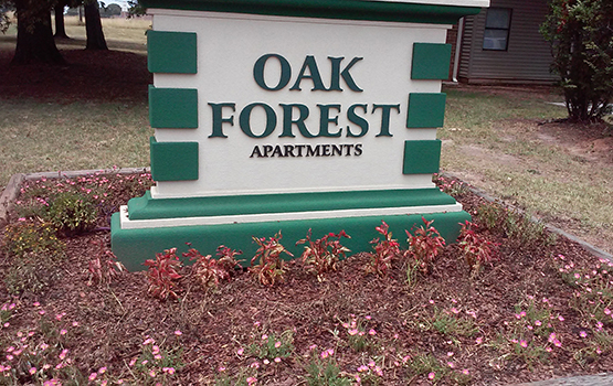 Our sign at Oak Forest in Belton welcomes residents and their guests.