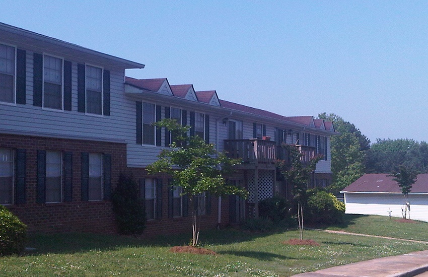 Southwood Apartments in Morrow is situated in a nice neighborhood.