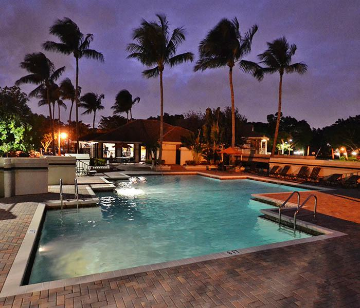 Ashley Lake Park Apartments offers an impressive list of features and amenities in Boynton Beach