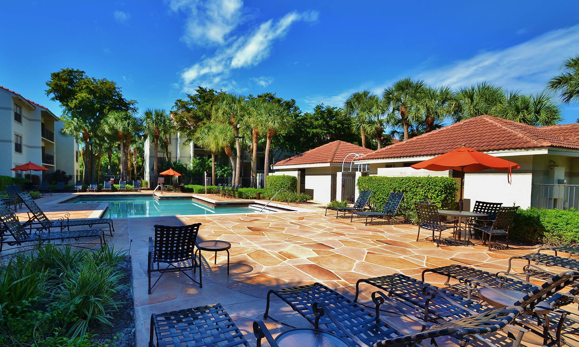 Welcome to Ashley Lake Park Apartments in Boynton Beach, FL